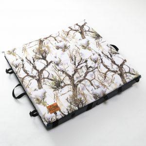 Grey × Snow Tree